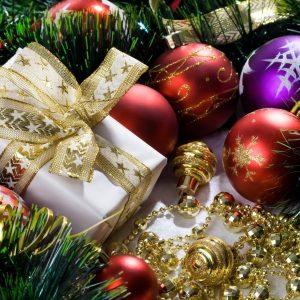 Новогодние вклады: что банки предлагают на Новый 2016 год