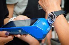 Часы SwatchРAY!: как  платить часами
